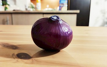 Red onion - calories, nutrition, weight