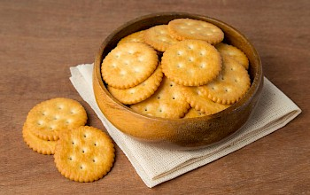 Ritz crackers - calories, nutrition, weight