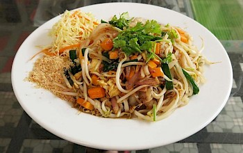 Pad Thai with seafood - calories, nutrition, weight