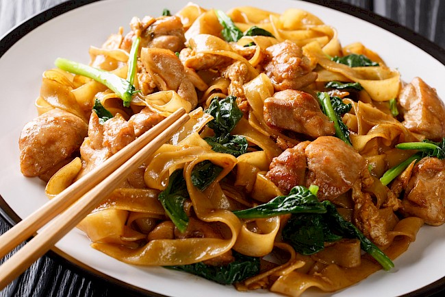 Pad Thai with meat - calories, kcal
