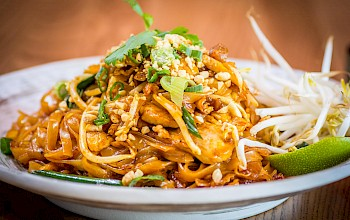 Pad Thai with chicken - calories, nutrition, weight