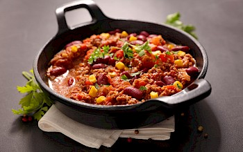 Chili con carne - calories, nutrition, weight