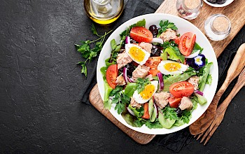 Tuna salad with egg - calories, nutrition, weight