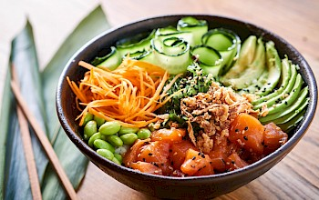 Poke bowl - calories, nutrition, weight