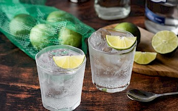 Tonic water - calories, nutrition, weight