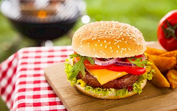 Quarter Pounder With Cheese - calories, nutrition, weight