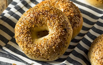 Everything bagel - calories, nutrition, weight