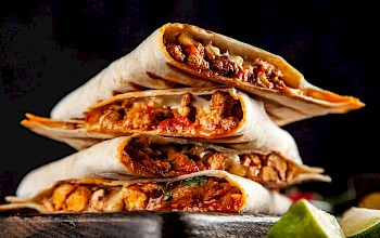 Quesadilla with meat - calories, nutrition, weight