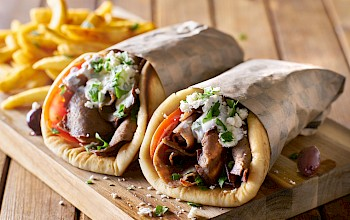 Gyro sandwich - calories, nutrition, weight