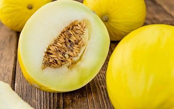 Honeydew melon - calories, nutrition, weight