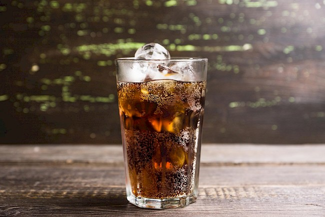 Whiskey and diet cola - calories, kcal