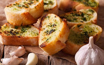 Garlic bread - calories, nutrition, weight