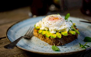 Egg benedict - calories, nutrition, weight