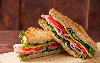 Ham and cheese sandwich - calories, nutrition, weight