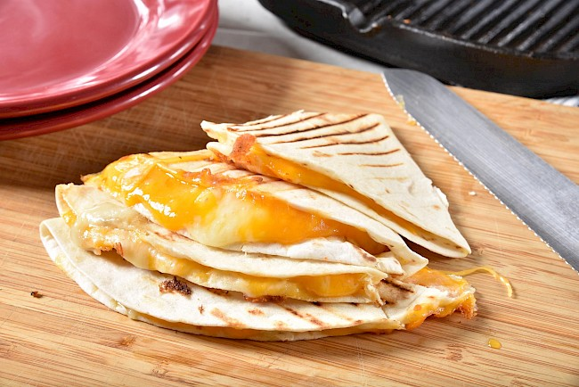 Cheese quesadilla - calories, kcal