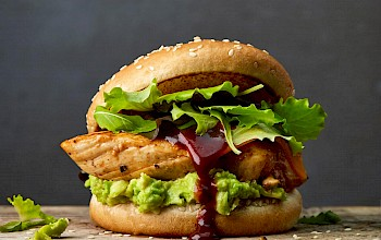 Chicken barbecue sandwich - calories, nutrition, weight