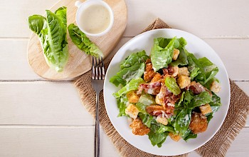 Chicken caesar salad - calories, nutrition, weight