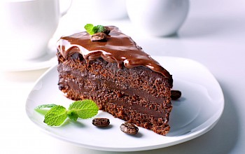 Chocolate cake - calories, nutrition, weight