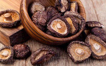 Dried shiitake mushrooms - calories, nutrition, weight