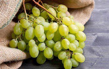 Green grape - calories, nutrition, weight