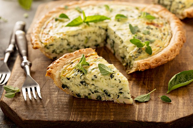 Cheese quiche - calories, kcal