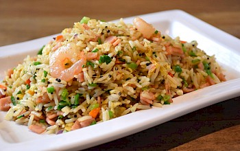 Fried rice with shrimp - calories, nutrition, weight