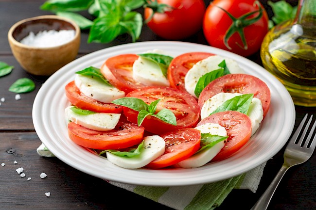 Caprese salad - calories, kcal