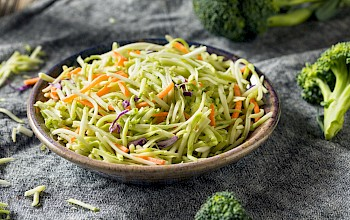 Broccoli slaw salad - calories, nutrition, weight