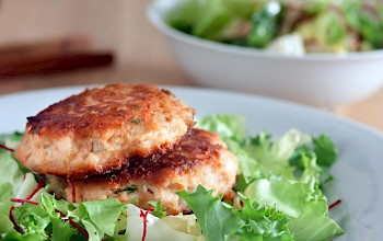 Salmon patty - calories, nutrition, weight