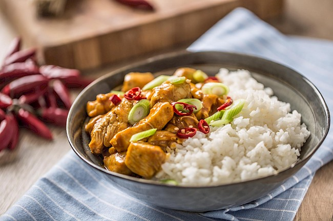 Rice and chicken - calories, kcal