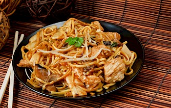 Chow mein - calories, nutrition, weight