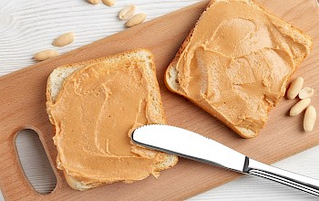 Peanut butter toast - calories, nutrition, weight