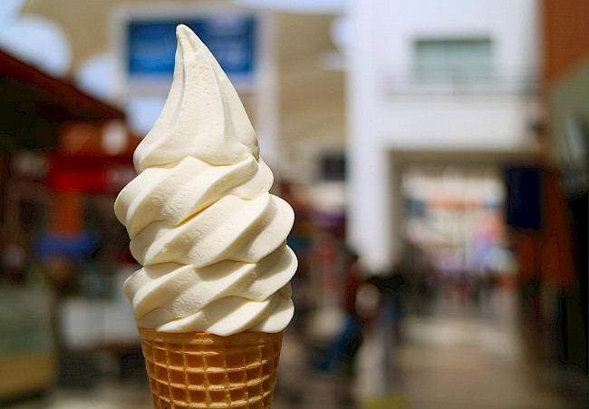 Soft serve ice cream - calories, kcal