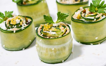 Cucumber sushi roll - calories, nutrition, weight