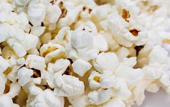 Air popped popcorn - calories, nutrition, weight