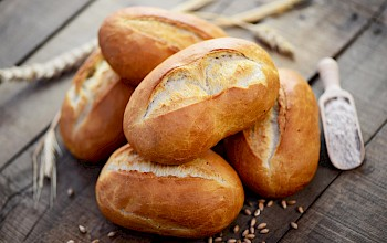 Bread roll - calories, nutrition, weight