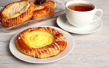 Cheese danish - calories, nutrition, weight