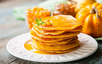 Cornmeal pancake - calories, nutrition, weight
