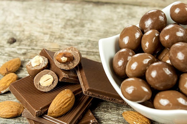 Chocolate covered almond - calories, kcal