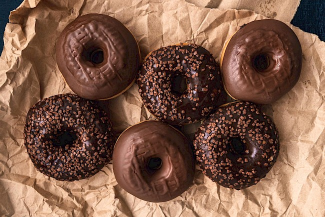 Chocolate donut - calories, kcal