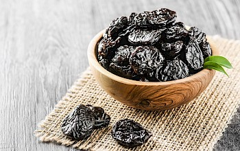 Dried prunes - calories, nutrition, weight