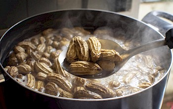 Boiled peanuts - calories, nutrition, weight