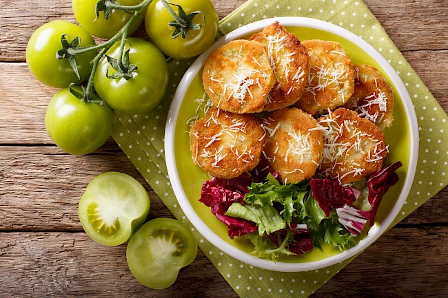 Fried green tomatoes - calories, kcal