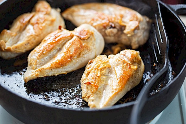 Fried chicken breast - calories, kcal