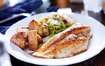 Fried tilapia - calories, nutrition, weight