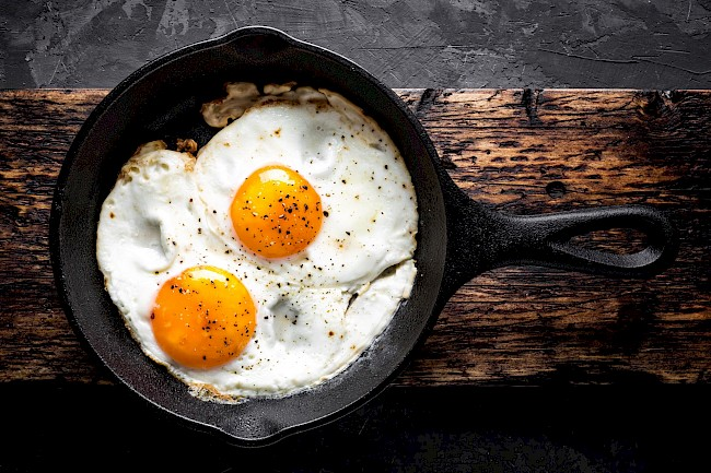 Fried egg white - calories, kcal
