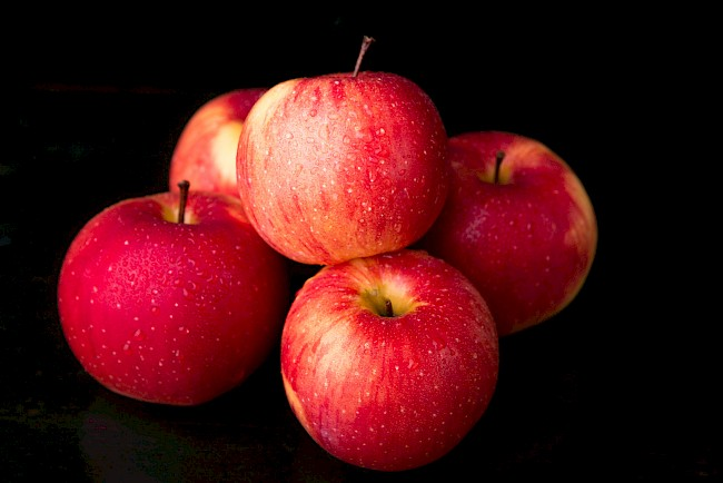 Apple - calories, kcal, weight, nutrition