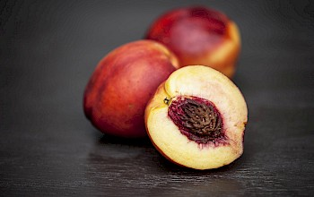 Nectarine - calories, nutrition, weight