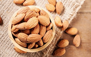 Almonds - calories, nutrition, weight