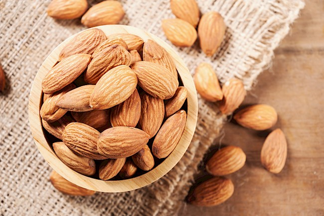 Almonds - calories, kcal, weight, nutrition